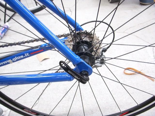 自転車の 自転車 タイヤ交換 前輪 : 自転車メンテナンス>タイヤ ...