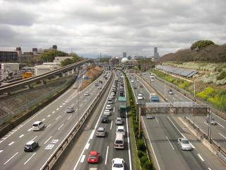 コース横の中国道の渋滞
