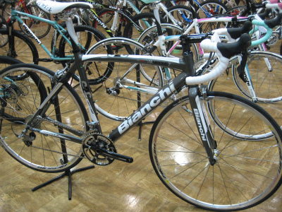Bianchi(ビアンキ)ViaNirone7AluCarbon Shimano Ultegra 10sp Compact