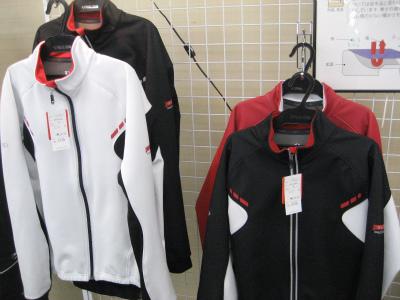 Pearlizumi(パールイズミ)3500-BLウィンドブレークジャケット