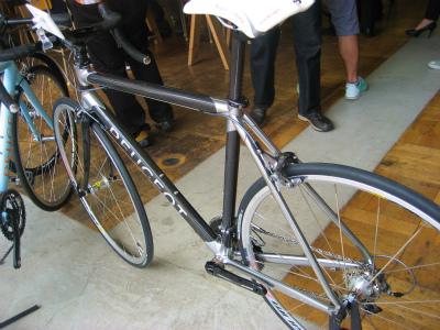 Peugeot(プジョー)ロードバイク CR01