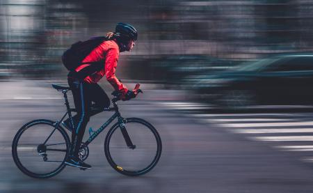 街乗りメインの自転車用ライトの選び方