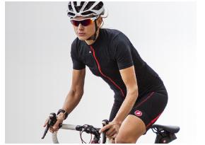 自転車用ウェアとカジュアルウェアとの違い