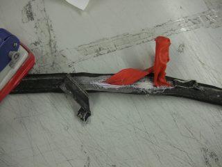チューブラータイヤの構造(タイヤの中にチューブが縫い込まれている)